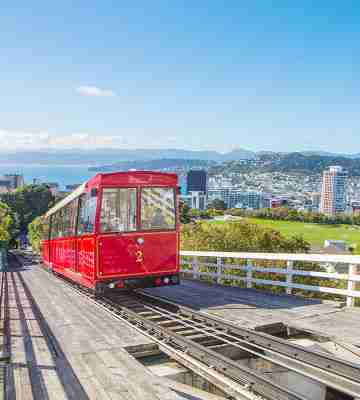 cable car with view over Wellington