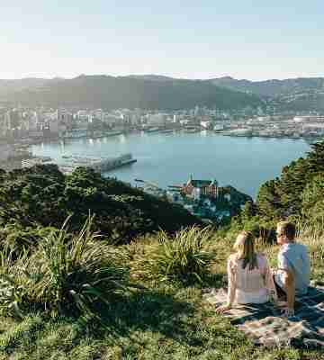 couple having a picnic on Mt Victoria